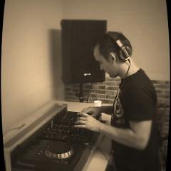 DJ Ivan Lupiañez